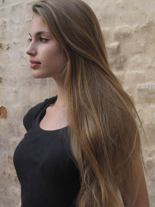 Beauty Brown Hair Woman With Smile On Her Face Royalty: The Latest Trends In Women's Hairstyles And Beauty