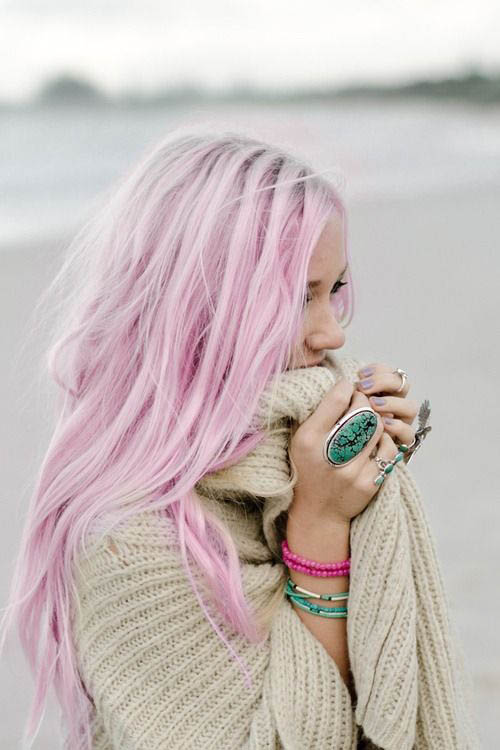 Pretty in Pink - The latest trends in women's hairstyles and beauty
