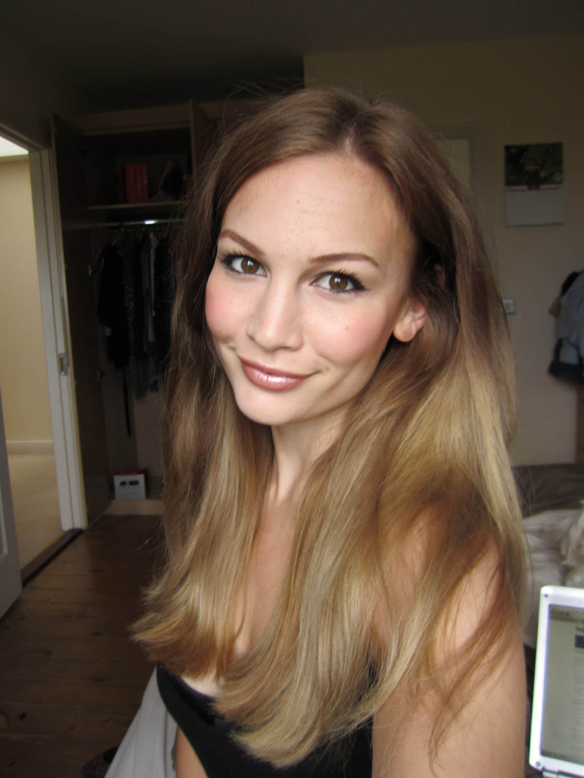 Chestnut Brown And Dark Blonde The Latest Trends In Womens