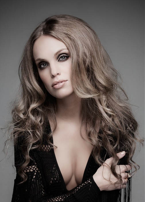 Center Parted Wavy Hair The Latest Trends In Women S