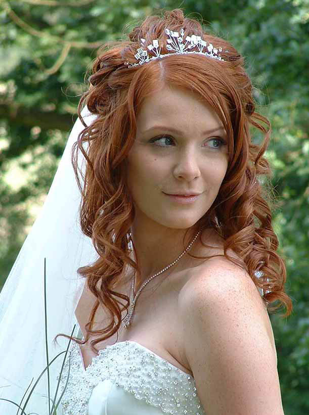 Classic Wedding Hairstyle Curls  The latest trends in - 2015 Hairstyles
