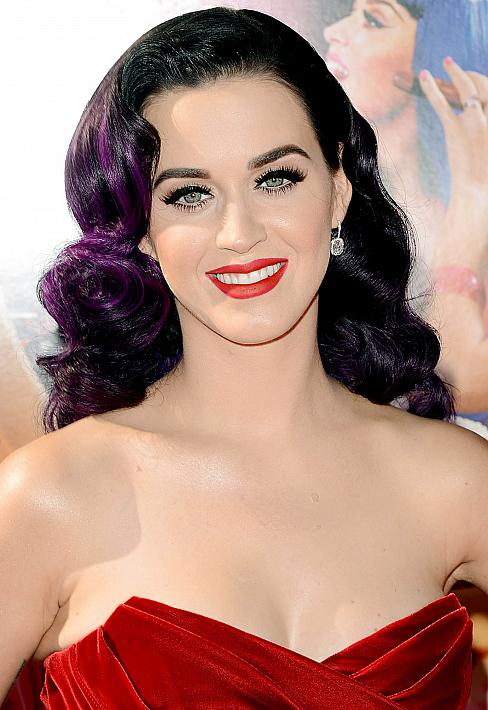Katy Perry Vintage Hairstyle