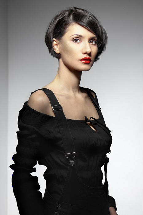 Sleek Short Hair The Latest Trends In Women S Hairstyles