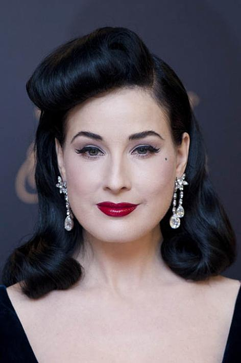 Dita Von Teese Vintage Hairstyle The Latest Trends In