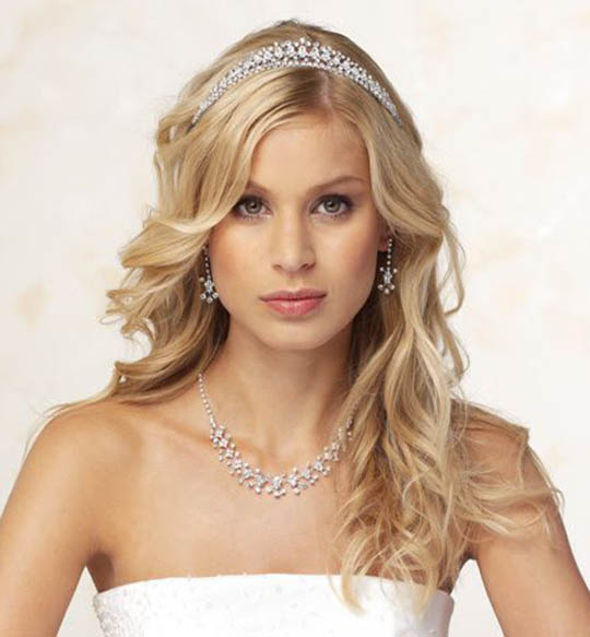 Wedding Hairstyles For Fine Hair: The Latest Trends In Women's
