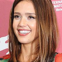 Jessica Alba Medium Length Bob