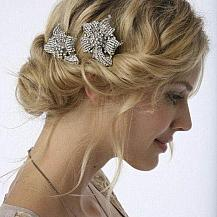 Vintage Bridesmaid Hairstyle
